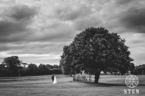 Couple, mariage, arbre, stenphoto